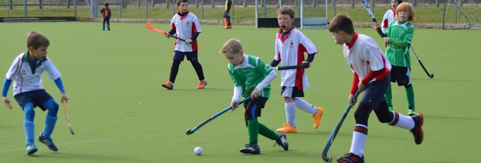 Chesterfield Hockey Club Under 10s in action